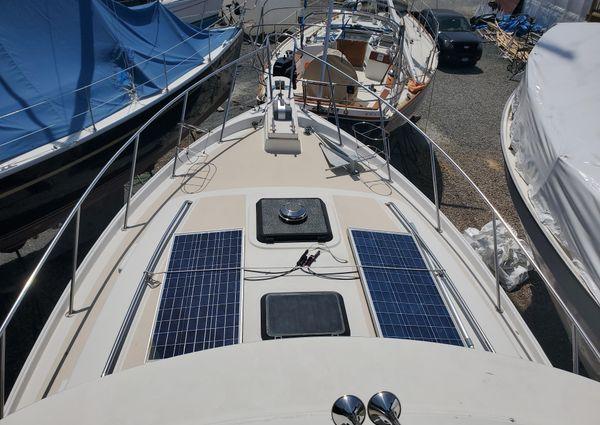 Mainship 34 Mark III image