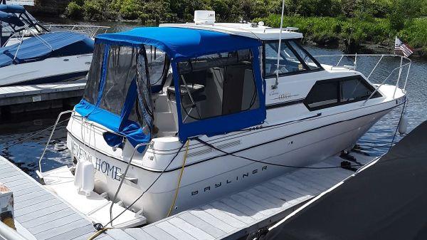 Bayliner 2452 Ciera Express Hardtop