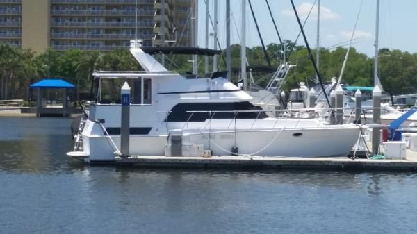 Pace Motor Yacht