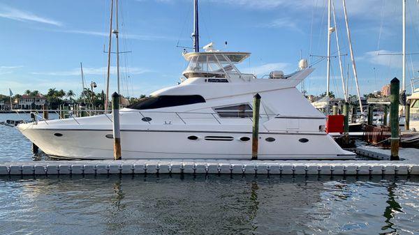 Johnson Pilothouse Motor Yacht