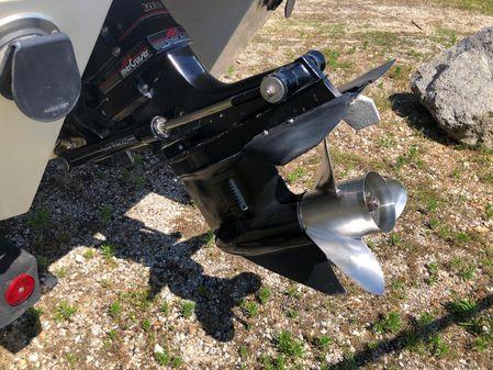 Cobalt 223 Cuddy image