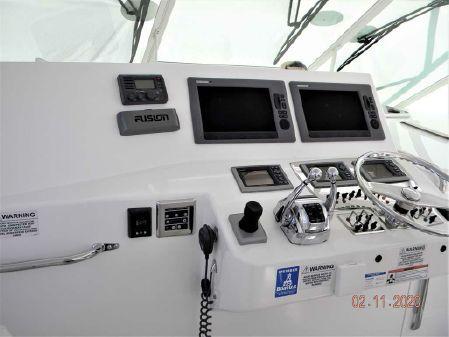 Cabo 40 Express SF image