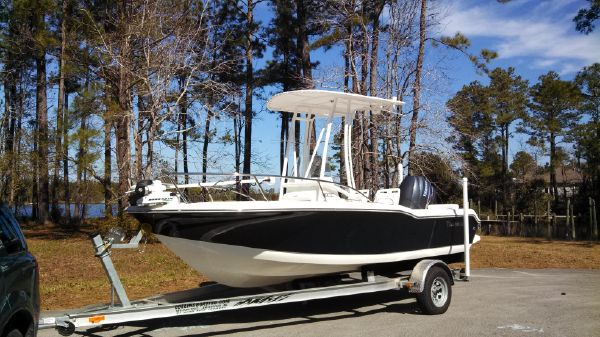 Tidewater 180CC Bow View, note Trolling Motor