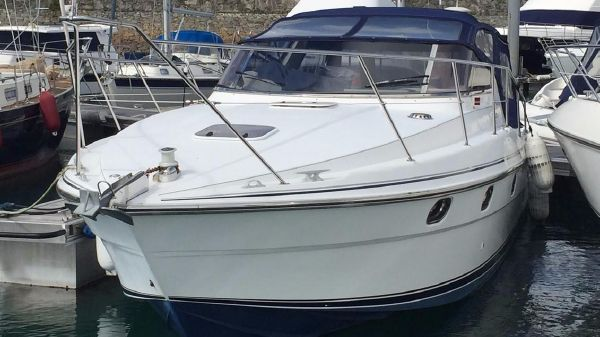 Fairline Targa 35 Fairline Targa 35