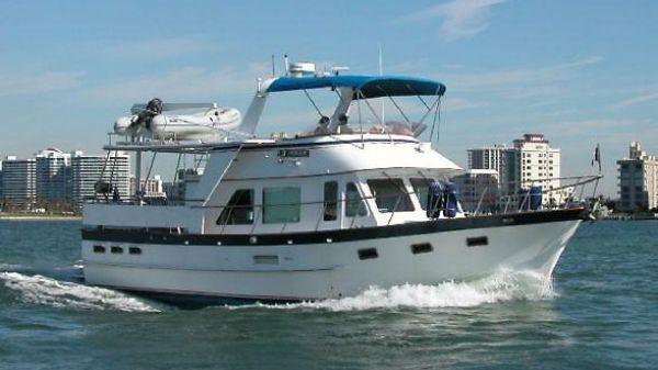 DeFever Offshore Cruiser 1.jpg