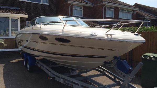 Sea Ray 230 Sea Ray 230 Overnighter