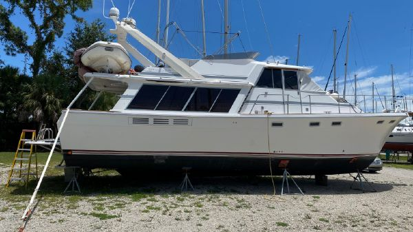 Bayliner 4588 Pilothouse