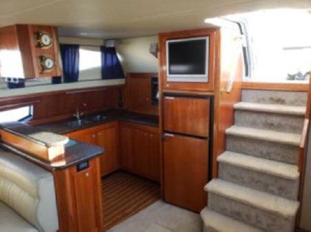 Cruisers 455 Express Motoryacht image