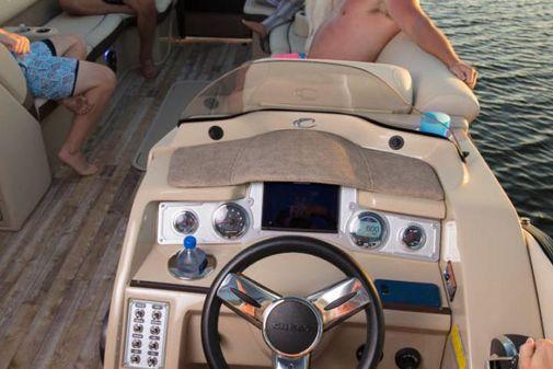 Crest Classic 250 SL image