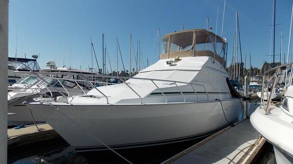 Mainship 35 Convertible