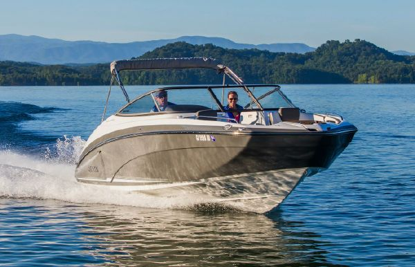 2017 Yamaha 242 Limited E-Series