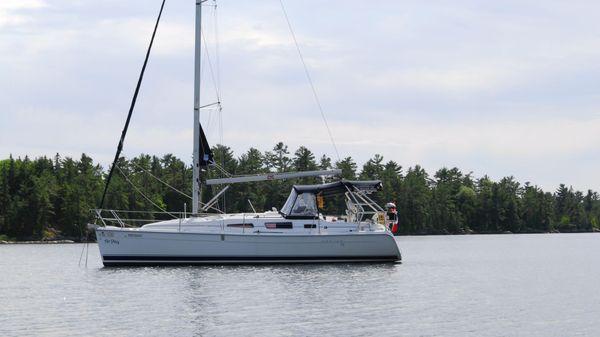 Used Hunter 33 Catalina Sailboats & Jeanneau Yachts For Sale