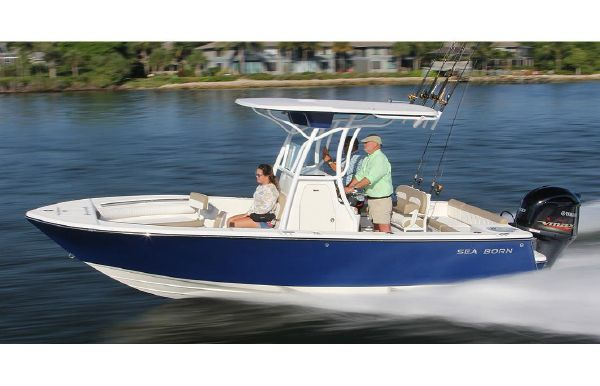 2020 Sea Born LX22 Center Console