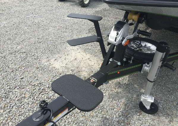Skeeter ZX 250 image