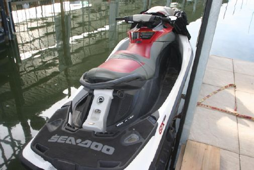 Sea-Doo GTX 215 image