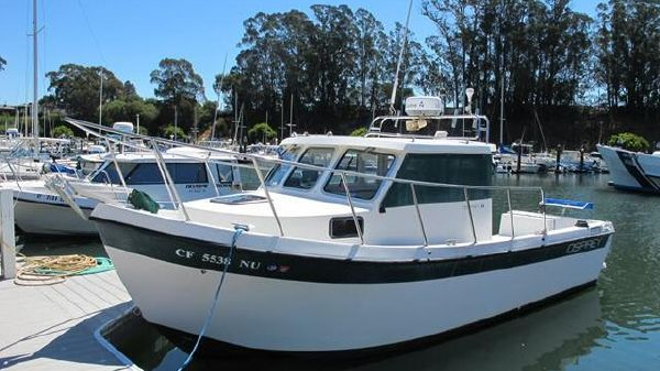 Osprey Pilothouse Fisherman 24