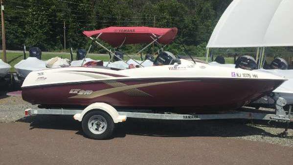 Yamaha Boats lx210
