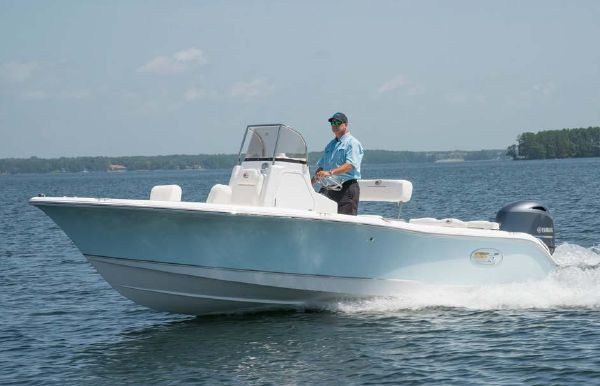 2019 Sea Hunt Ultra 196