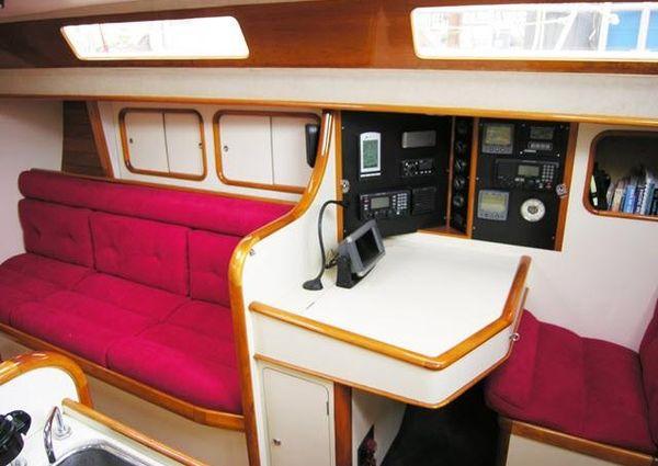 Barnett Custom 42 image