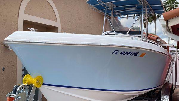 Bluewater 2350 CC
