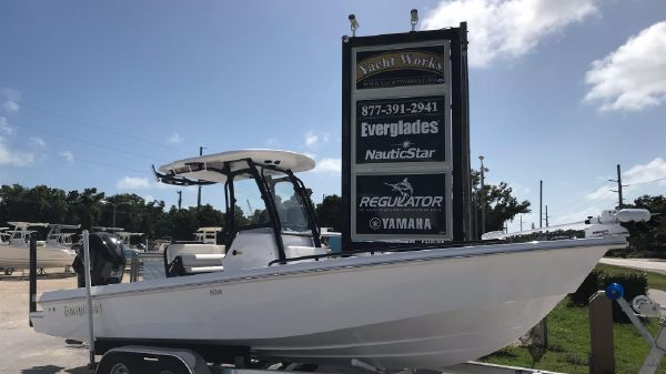 Everglades 243CC
