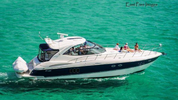 Cruisers 520 Sport Series Profile
