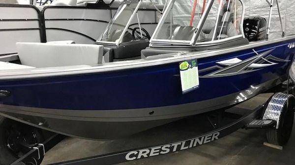Crestliner 1750 SuperHawk