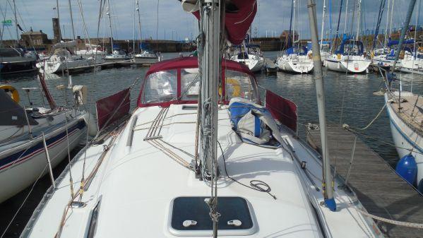 Beneteau Oceanis Clipper 331 image