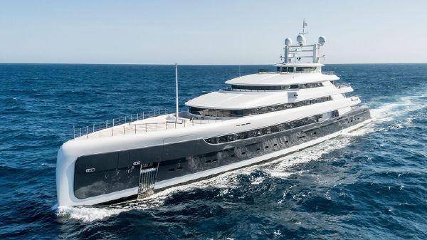 Pride Mega Yachts Custom