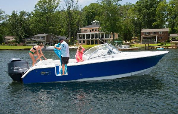 2018 Sea Hunt Escape 235 SE