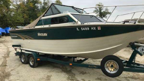 Sylvan 230 OSi Offshore Fisherman