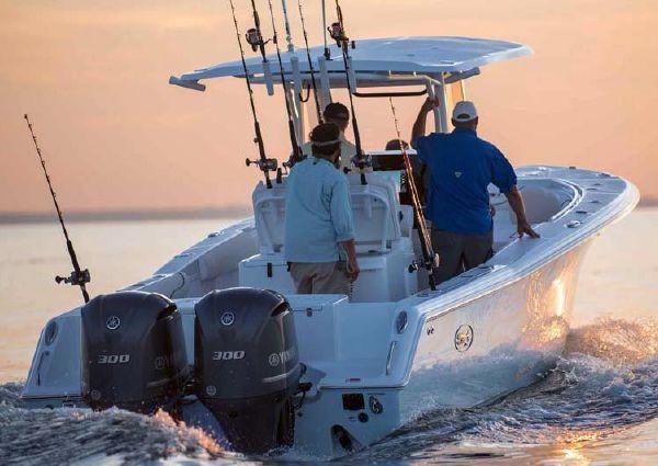 Sea Hunt Gamefish 30 With Forward Seating image