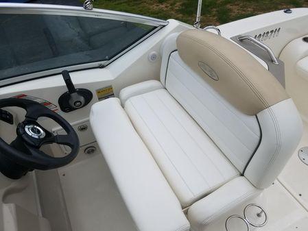 Sea Ray 240 Sundancer DA image