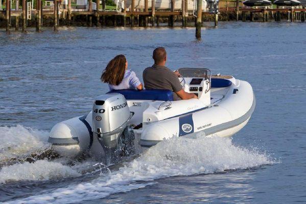 Walker Bay Generation 340 DLX - main image