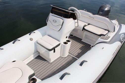 Walker Bay Venture 14 image