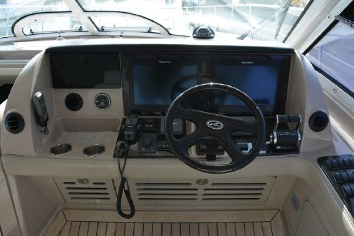 Sea Ray 550 Sundancer image