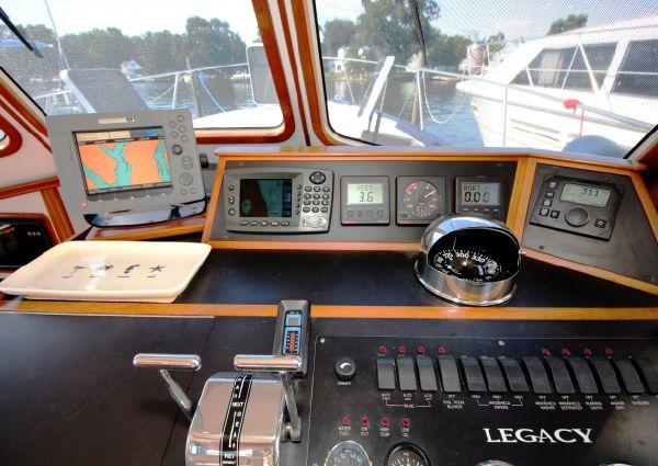 Legacy Yachts 40 Sedan image