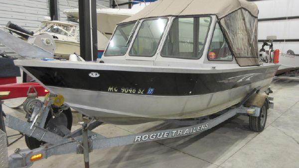Alumaweld 19 STSJ Striker Sport Jet