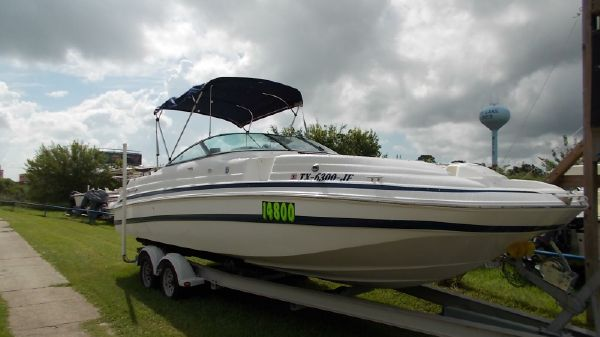 1999 CHRIS CRAFT 260 DB