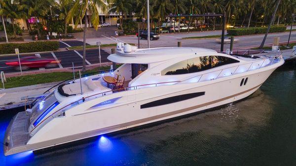 Lazzara Yachts LSX