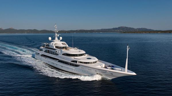 Benetti Displacement Motoryacht