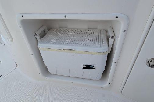 Regal 2665 Commodore image