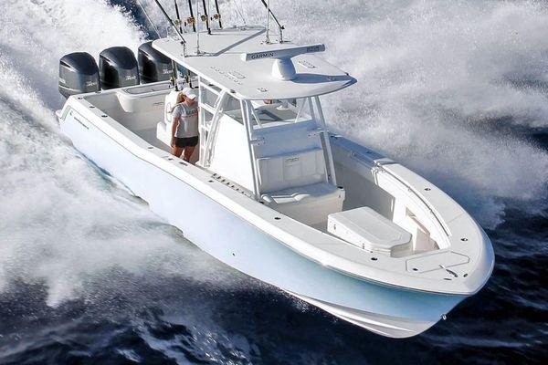Invincible 36 Open Fisherman - main image