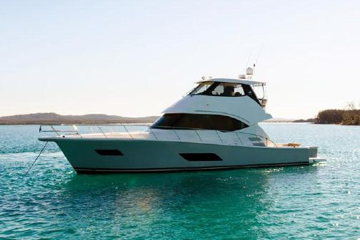 Riviera 54 Enclosed Flybridge image