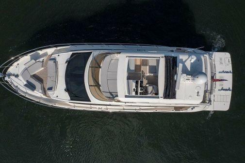 Sea Ray L 550 FLY image