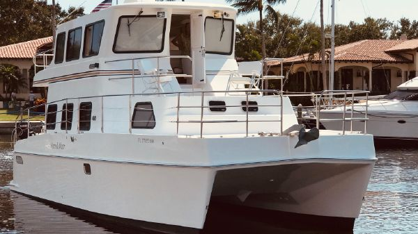 Endeavour Catamaran 40