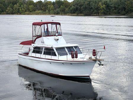 Hatteras 34 Sport Fisherman image