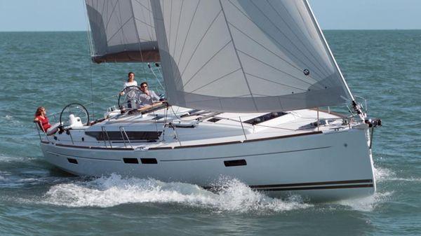 Jeanneau Sun Odyssey 479 Sailing