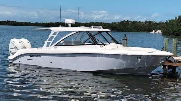 Everglades 340 DC