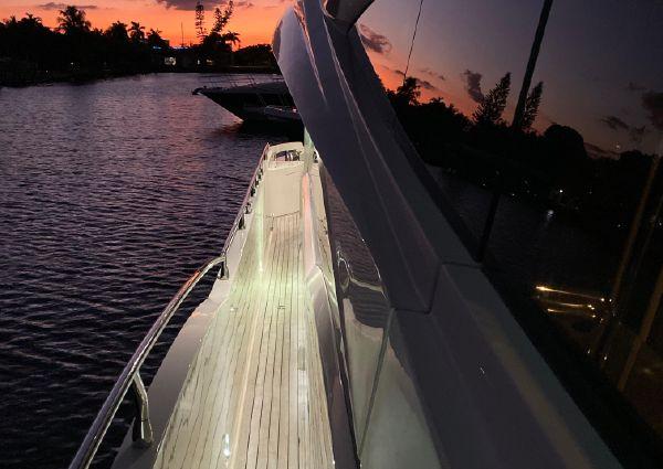 Marquis 720 Fly Bridge image